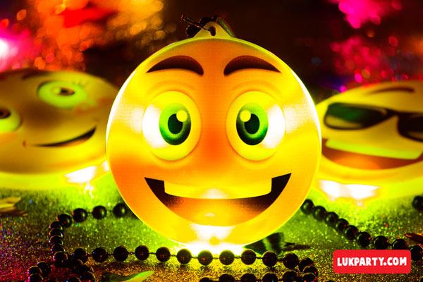 Collar con luz Emoji sonrisa