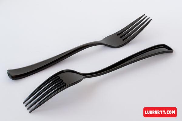 Tenedor descartable reforzado 19cm color negro