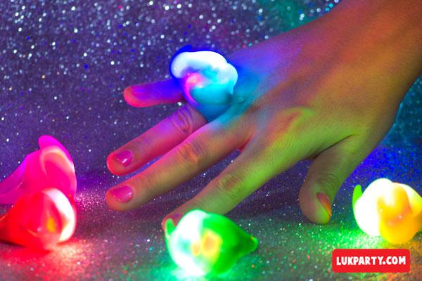 Anillo luminoso Mostacho multicolor